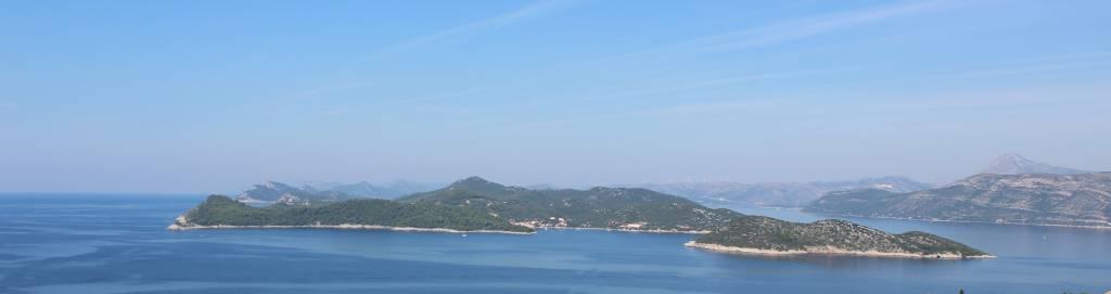 Elafiti islands wisit on private sailboat